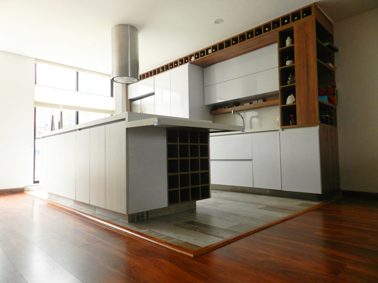 Modern kitchen by BIANCO ED Modern Chipboard