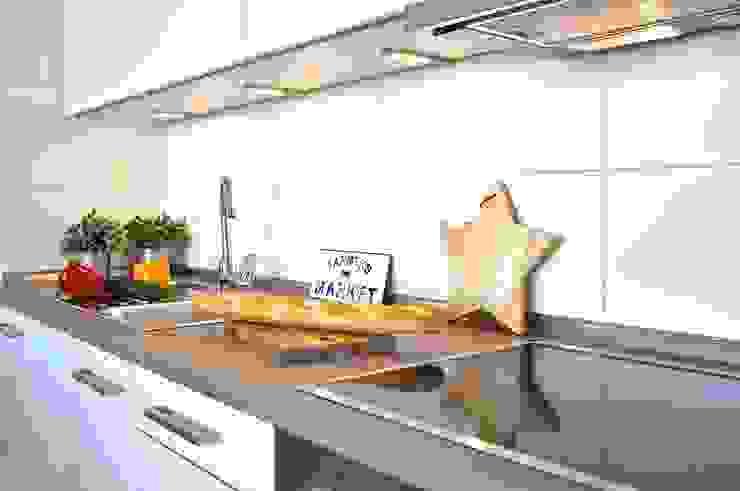 Maritim und männlich Karin Armbrust - Home Staging Industriale Küchen