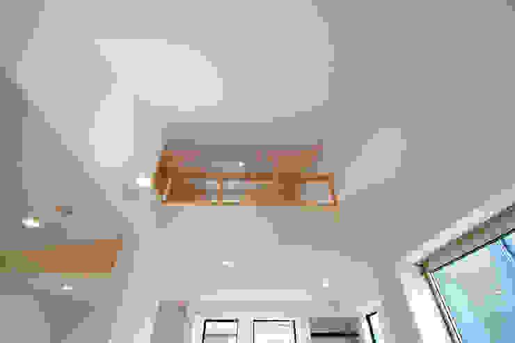 株式会社ハウジングアーキテクト建築設計事務所 Sala multimediaMuebles