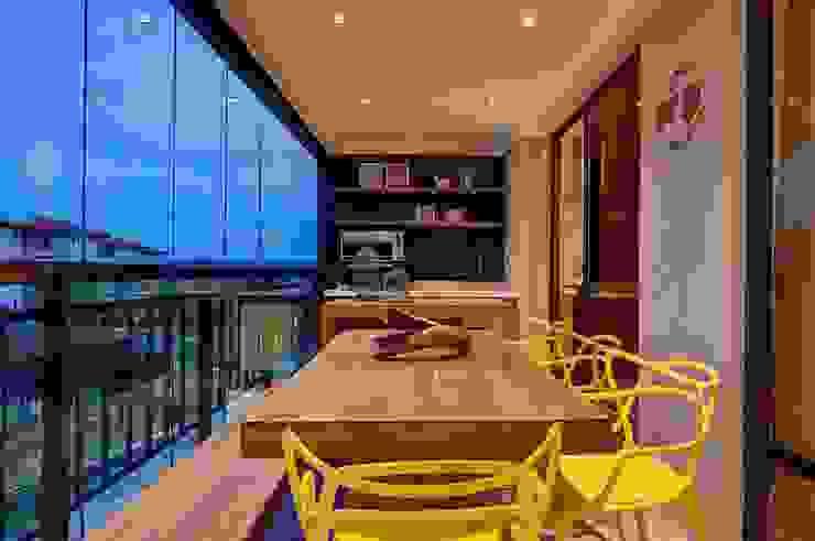 Terrazas  de estilo  por Arquiteta Raquel de Castro, Moderno