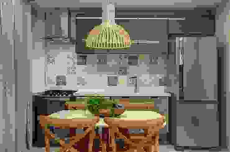 Kitchen by Arquiteta Raquel de Castro, Modern