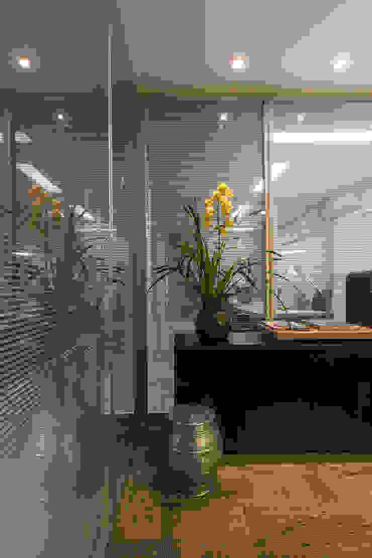 VERONA CARPETES E VINILICOS Modern study/office Beige