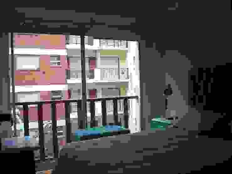 Dormitorio Dormitorios modernos: Ideas, imágenes y decoración de JIEarq Moderno