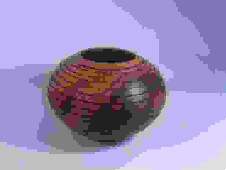 Bowl pequeño de TORNEARTE TALLER Moderno Madera maciza Multicolor