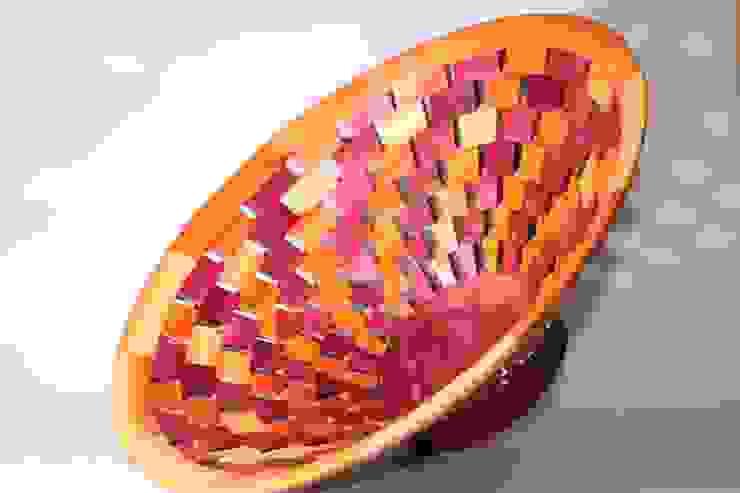 Centro de mesa segmentado de TORNEARTE TALLER Moderno Madera maciza Multicolor