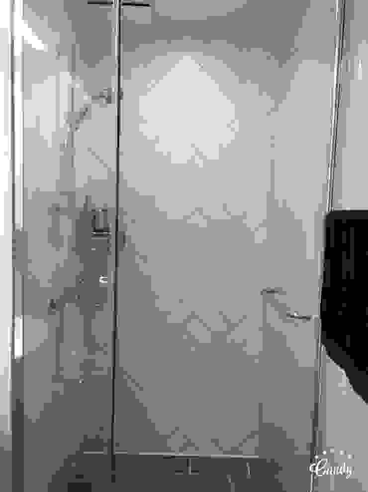 [홈라떼] 하남 미사 34평 모던한 새아파트 홈스타일링 모던스타일 욕실 by homelatte 모던