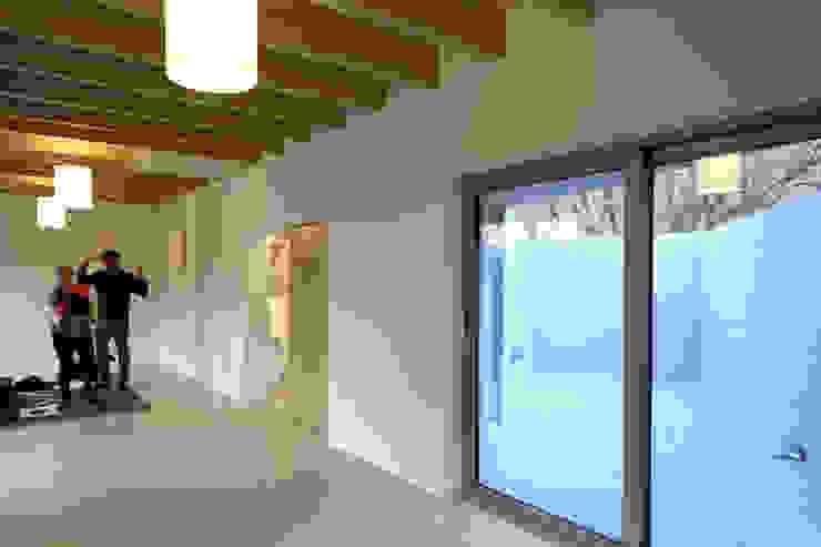 Modern Walls and Floors by supa schweitzer song Modern