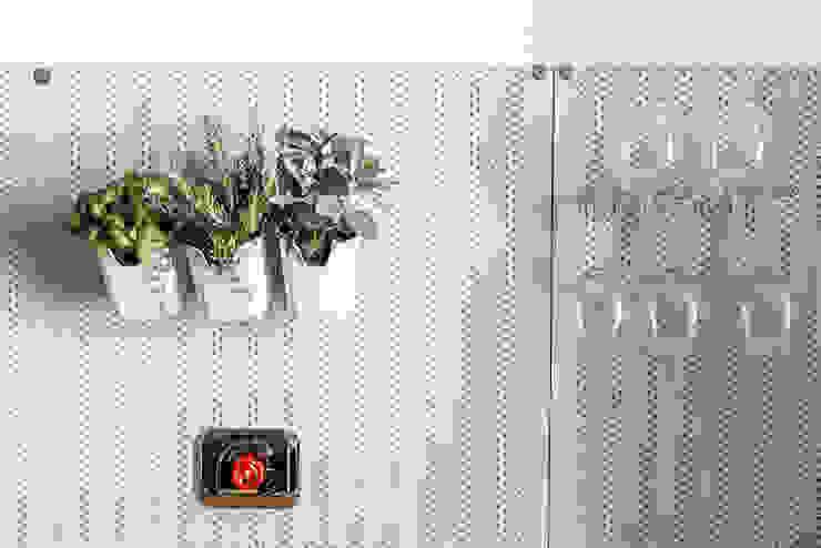 Industrial style kitchen by Riccardo Randi Industrial Metal