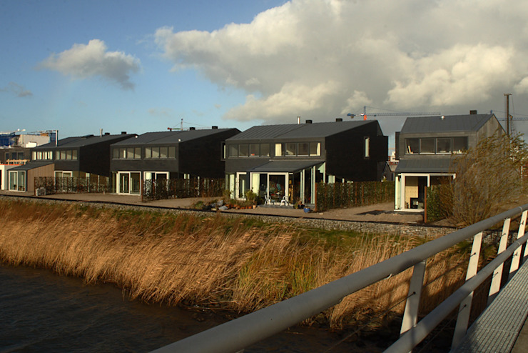 Minimalist houses by TEKTON architekten Minimalist