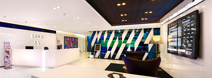 Saxo Bank Commercial Space Project by Praxis Design & Building Solutions Pvt Ltd Modern Glass