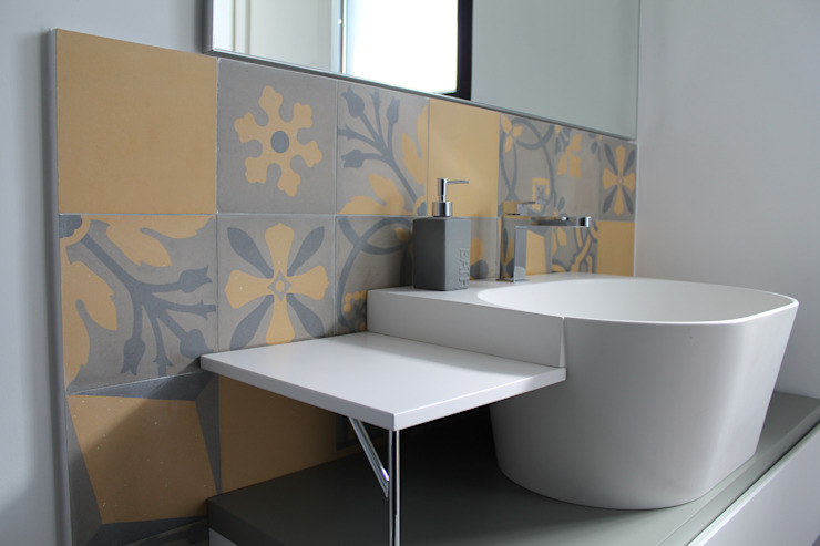 Eclectic style bathroom by Romano pavimenti Eclectic Tiles
