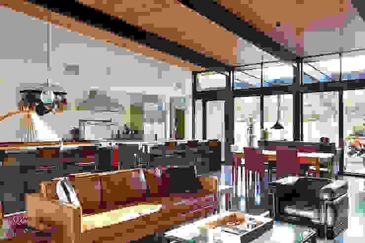 Sacramento Modern Residence by Klopf Architecture Modern Living Room by Klopf Architecture Modern