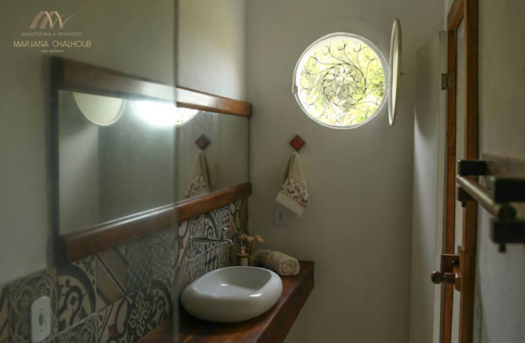 Baños de estilo  por Mariana Chalhoub, Colonial