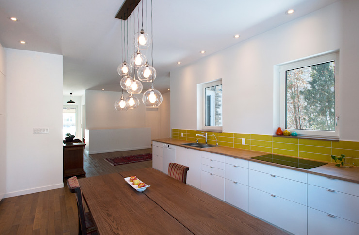 Guelph Deep Energy Retrofit by Solares Architecture Minimalist