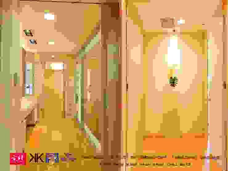 京悅設計 - 豪宅廖公館2 現代風玄關、走廊與階梯 根據 京悅室內裝修設計工程(有)公司|真水空間建築設計居研所 現代風