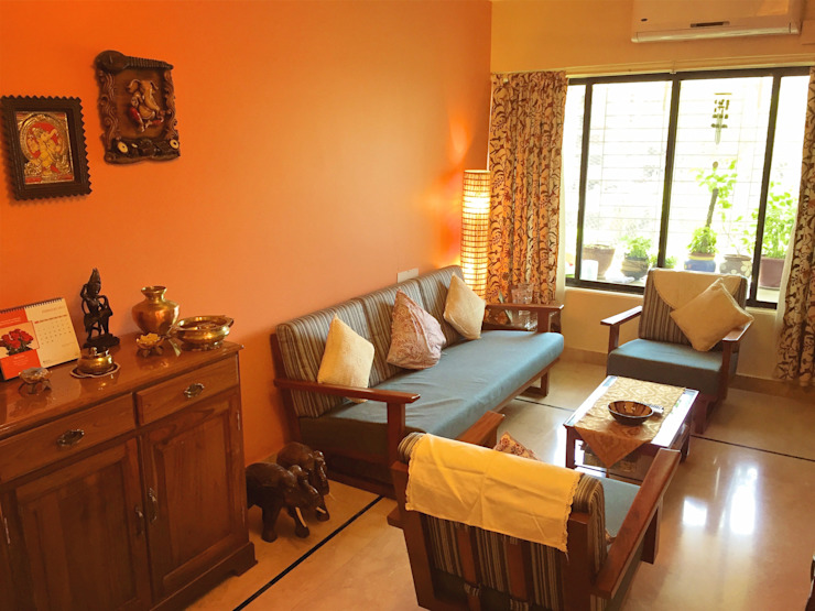 Living Room. Eclectic style living room by Design Kkarma (India) Eclectic