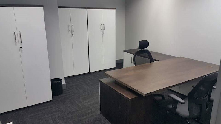 Corporate Office: modern  by Cucina Bespoke, Modern
