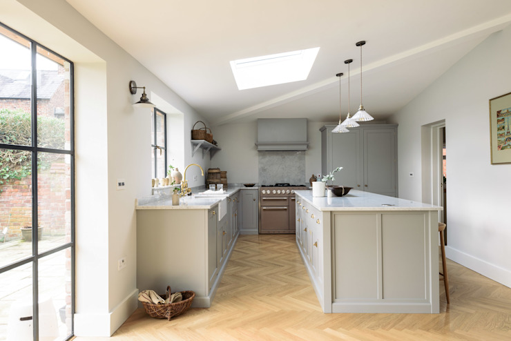 classic  by deVOL Kitchens, Classic Wood Wood effect