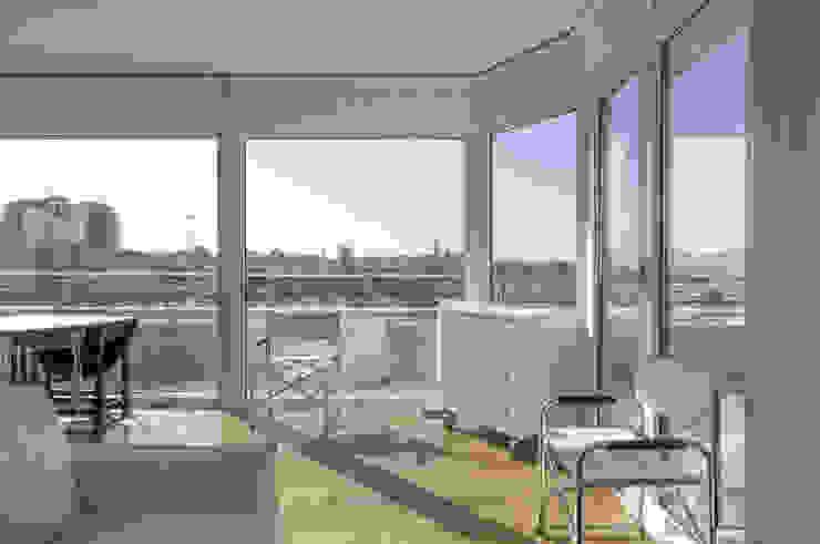 Appartamento Privato Soggiorno moderno di Officina29_ARCHITETTI Moderno
