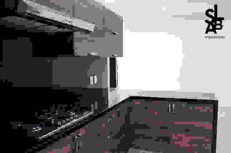 Casa AV: Cocinas de estilo  por Slab Arquitectos