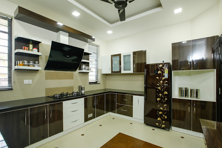 A Young & Youthful Design Classic style kitchen by Premdas Krishna Classic