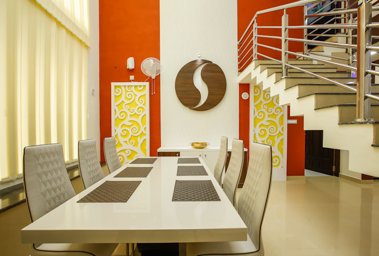 Feel Beauty of Richness.. Classic style dining room by Premdas Krishna Classic