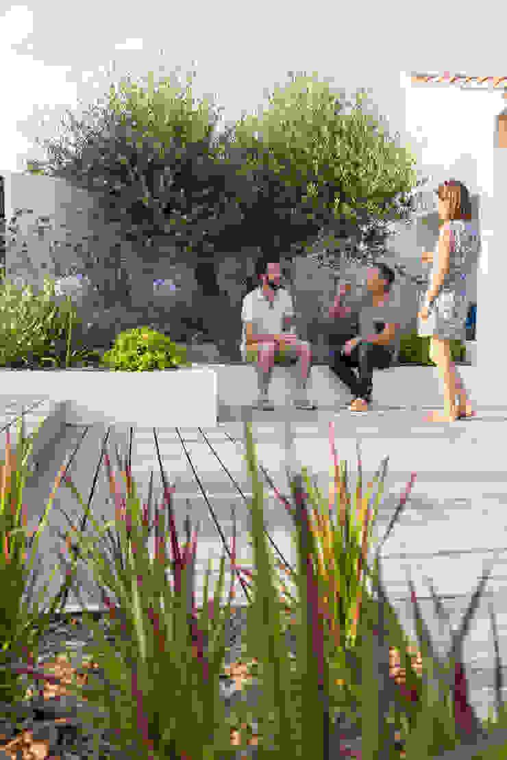 AIX-EN-PROVENCE - Rénovation d'inspiration contemporaine Piscine méditerranéenne par Agence MORVANT & MOINGEON Méditerranéen