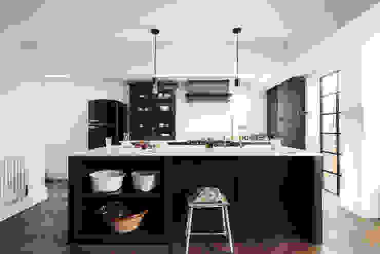 The Wandsworth Kitchen by deVOL Cocinas industriales de deVOL Kitchens Industrial Madera Acabado en madera
