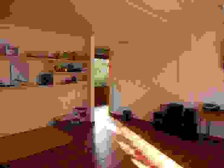 REMODELACION COLEGIO ALAMIRO, sala colegio de CREARCO Moderno Ladrillos