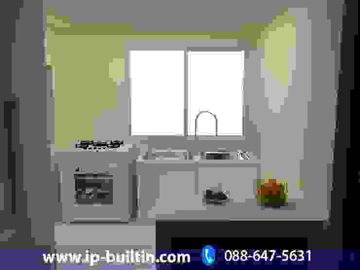 ตกแต่งภายใน บ้าน มัณฑณา ห้องครัว โดย IP BUILT IN