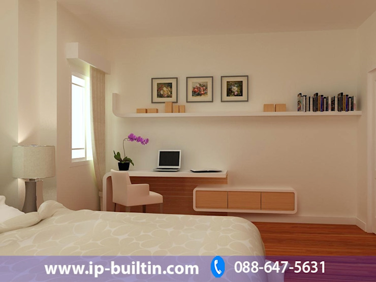 ตกแต่งภายใน บ้าน มัณฑณา ห้องนอนใหญ่ มุมทำงาน โดย IP BUILT IN