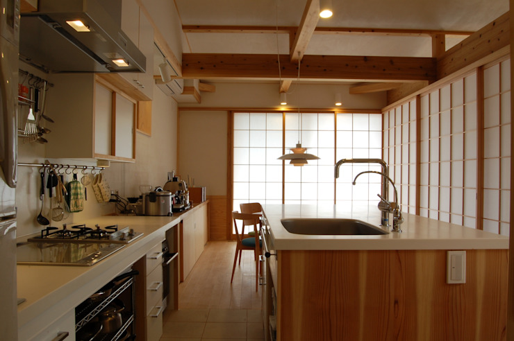 Asian style kitchen by 田村建築設計工房 Asian