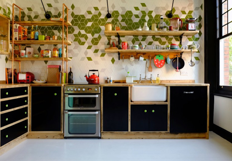 CROUCH END KITCHEN - LONDON N8 من Relic Interiors kitchens and furniture صناعي