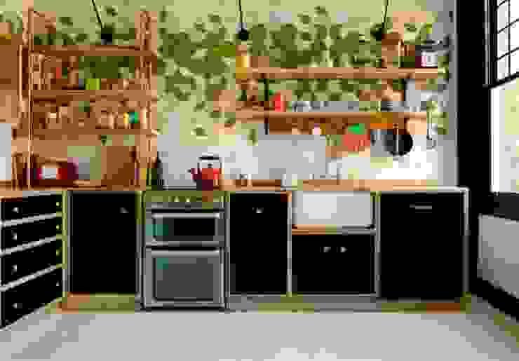 مطبخ تنفيذ Relic Interiors kitchens and furniture,