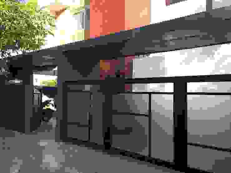 BYSANI RESIDENCE, BANGALORE Modern houses by Parikshit Dalal Design + Architecture Modern