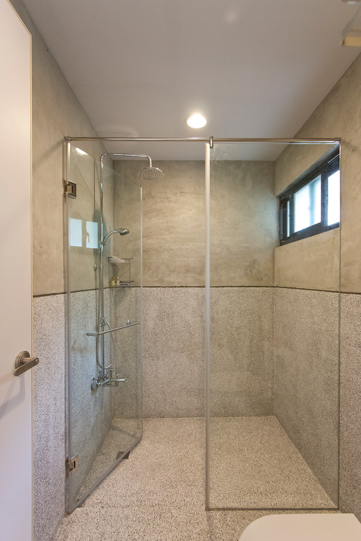九份M宅 現代浴室設計點子、靈感&圖片 根據 築里館空間設計 現代風