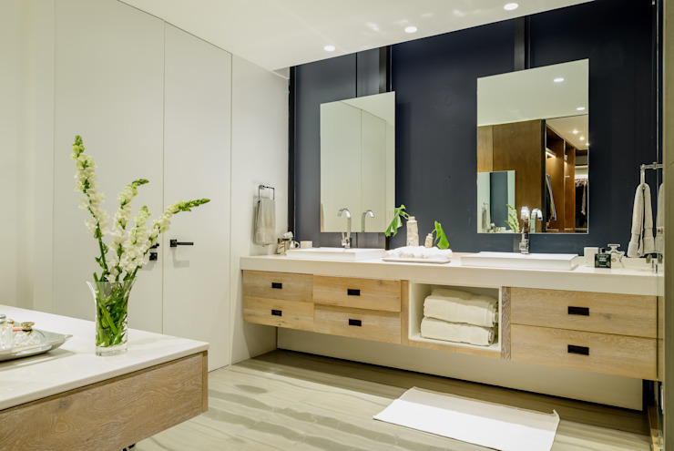 Modern bathroom by NIVEL TRES ARQUITECTURA Modern لکڑی Wood effect