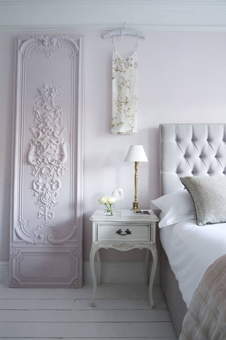 Styling A Luxurious Feminine Bedroom Homify