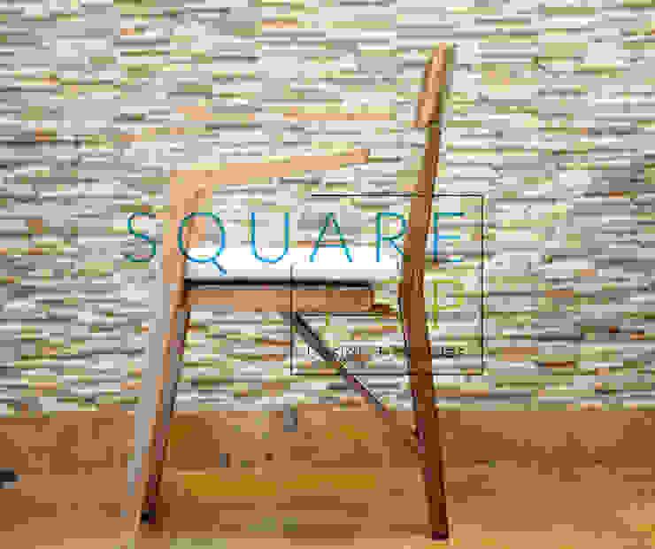 Silla Versilia tres patas, con la mejor madera. de SquareTop Design Escandinavo Madera maciza Multicolor