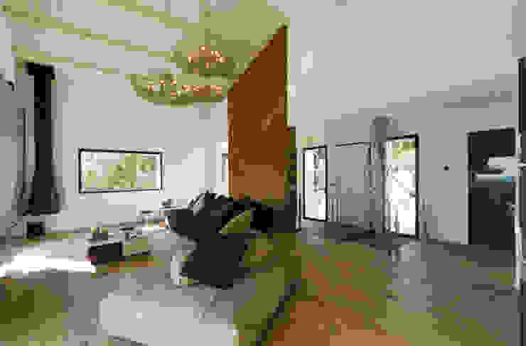 MBquadro Architetti Salones de estilo moderno