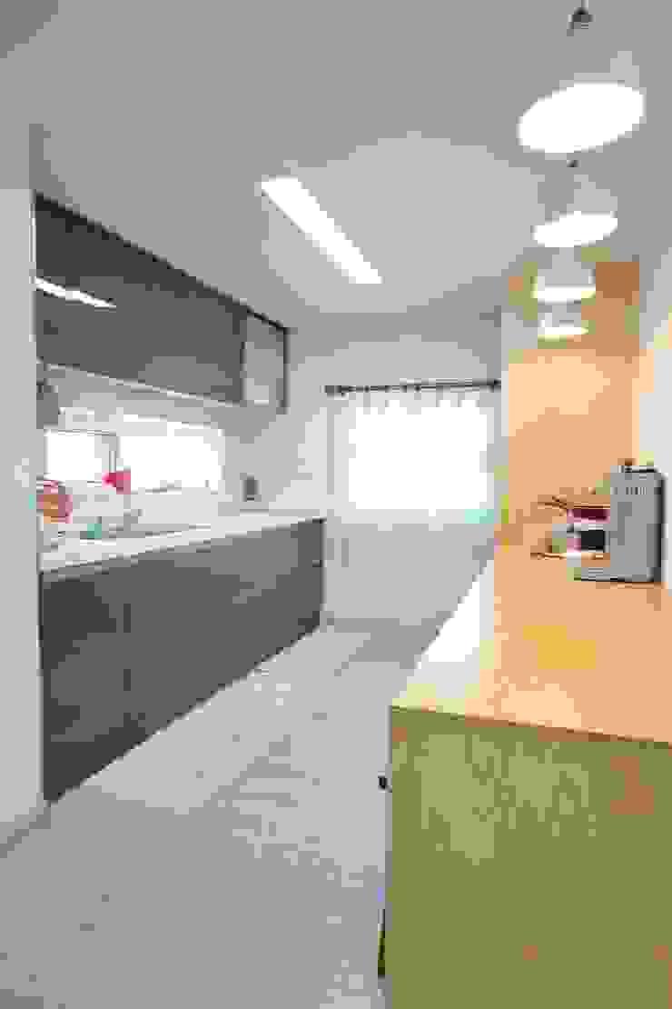 대구 주텍 인테리어 리모델링 아파트 모던스타일 주방 by inark [인아크 건축 설계 디자인] 모던