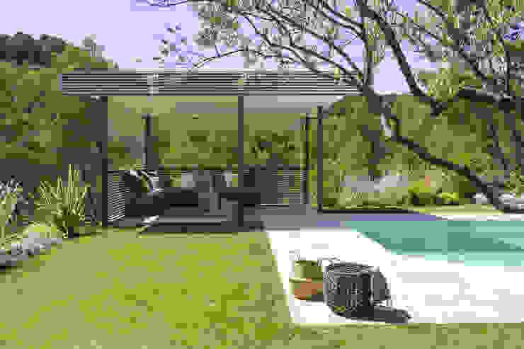Mediterranean style garden by Agence MORVANT & MOINGEON Mediterranean