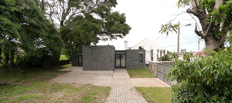 Rumah Modern Oleh Tiago Tomás Arquitecto Modern