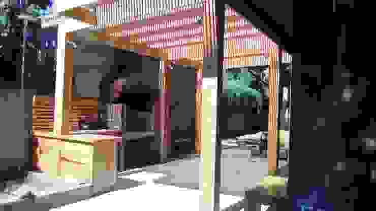 Patios by CREARCO, Modern Wood Wood effect