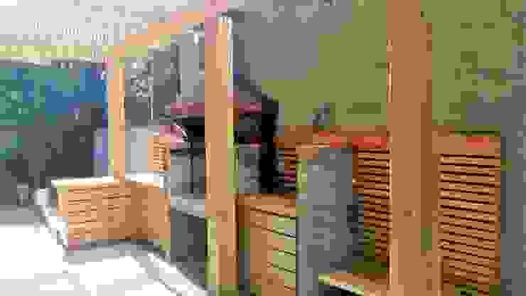 TERRAZA Y QUINCHO CREARCO Balcones y terrazas modernos Madera Acabado en madera