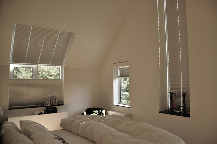 Chambre de style  par Nico Dekker Ontwerp & Bouwkunde, Moderne