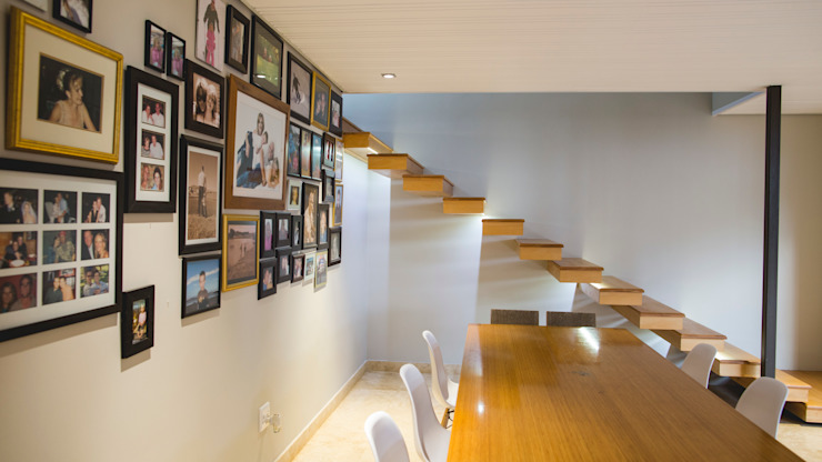 House Hoffman Modern Corridor, Hallway and Staircase by Swart & Associates Architects Modern