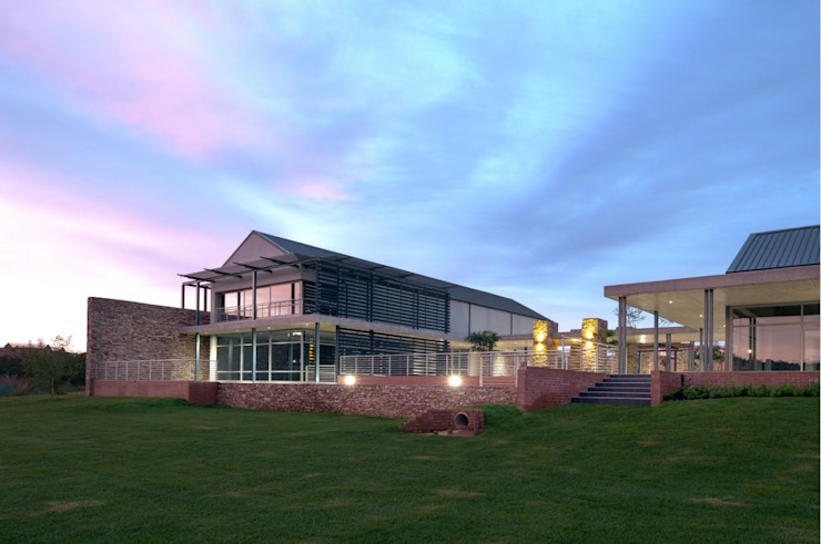 The Hills Wildlife Estate Clubhouse by Swart & Associates Architects Modern