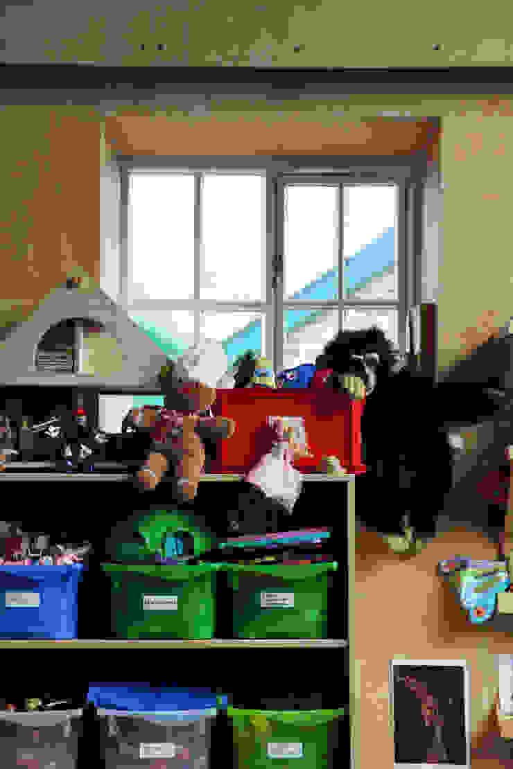 Boscastle Pre-school toys playroom Innes Architects Ecoles modernes Bois