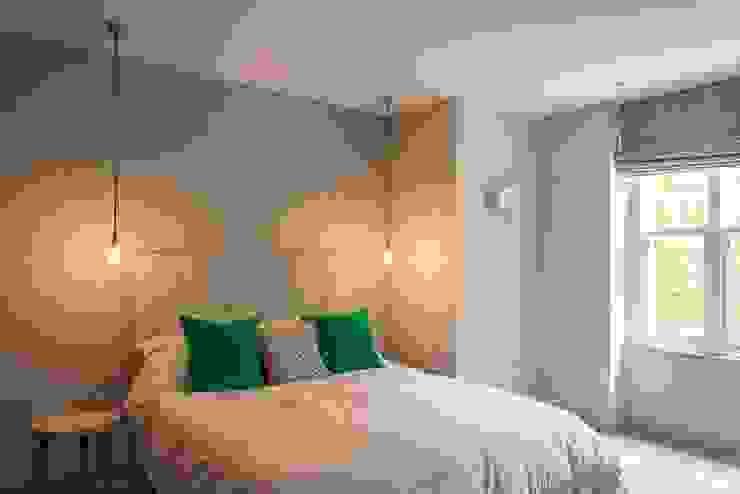 Guest Bedroom Modern Bedroom by Fraher and Findlay Modern